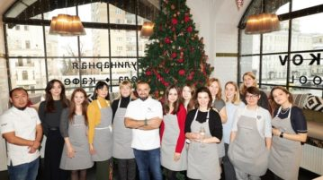 Владимир Мухин и KitchenAid провели мастер-класс для редакции Сosmopolitan