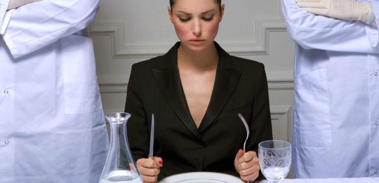 «Нельзя есть после 6»: главные советы для похудения, которые не работают — диеты