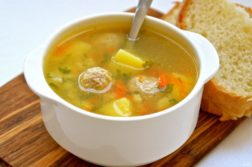 Фрикадельковый суп - супы на первое