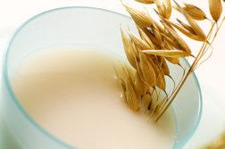 Что такое овсяное молоко и с чем его едят - диеты