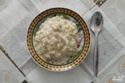 Овсяная каша на молоке - Вторые блюда