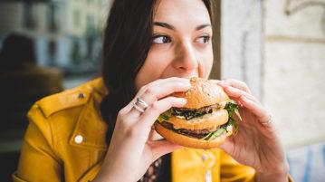 Хочу есть! 7 причин, почему ты постоянно чувствуешь голод