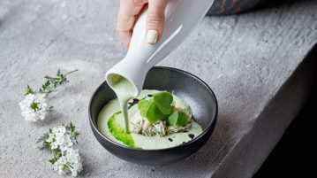 5 рецептов холодных супов для жаркого лета